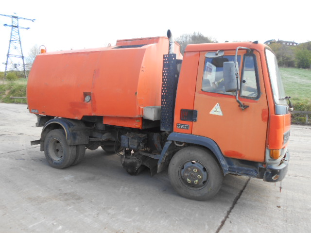 JOHNSTON ROAD SWEEPER